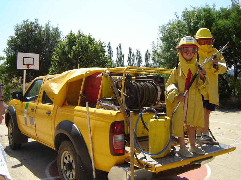 Campaña escolar contra incendios